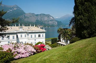Lake Como, gardens.
