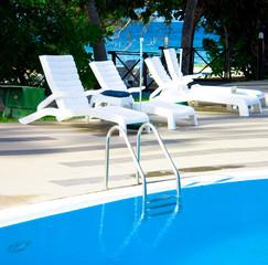 Sport Pool Luxury