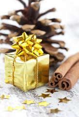 kleines Weihnachtspäckchen