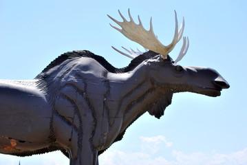 ヘラジカの像