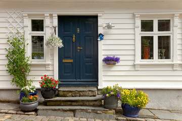 Foto auf Acrylglas Skandinavien Traditional wooden houses in Stavanger, Norway