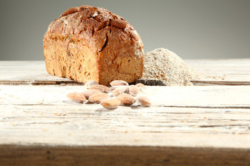 almonds bread