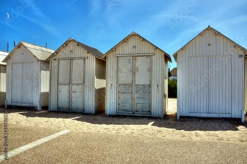 Cabines de plage bernieres sur mer photo libre de - Office de tourisme bernieres sur mer ...