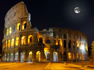 Fotobehang Volle maan The Colosseum, Rome. Night view
