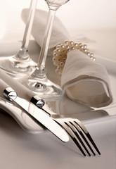 Zastawa stołowa elegancka