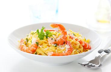 Spaghetti with prawns