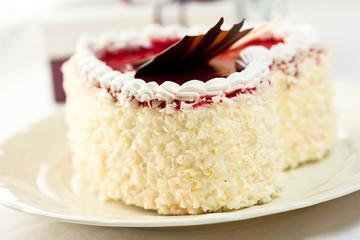 Heart shaped white choclate cake