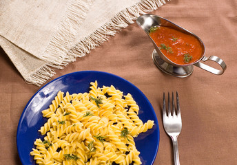 italian spagetti with cheese and tomatoes