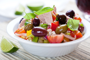 Mediterranean-style tuna and rice salad with olives