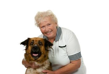 Seniorin mit ihrem Hund
