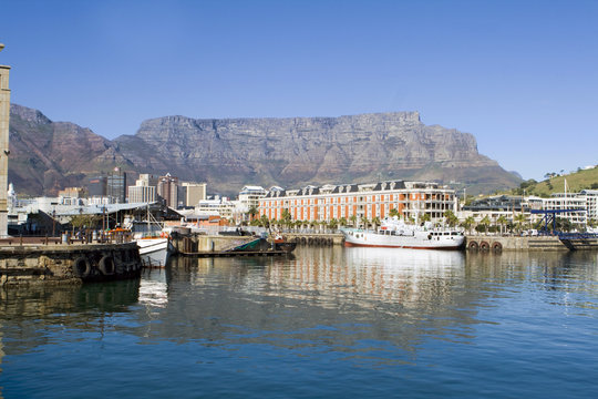 Harbour and Table Mountain in Cape Town, South Africa