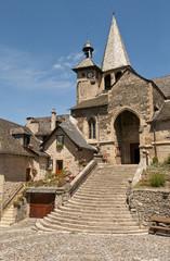 Estaing l'église St Fleuret