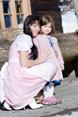 Bayerische Mutter mit Kind