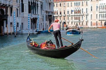 Foto op Canvas Gondolas Gondolier Venise