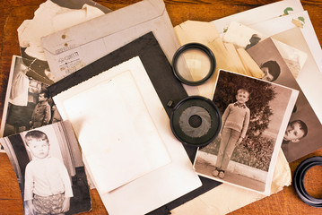 Lots of vintage photo and some camera accessories.