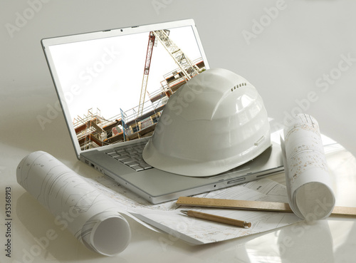 Haus bauen architekt stock photo and royalty free images for Haus bauen architekt