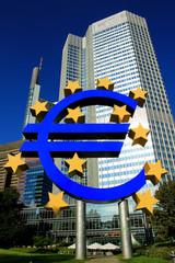 Eurozeichen und EZB