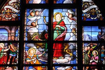 vitraux de la collégiale Saint Aubain à Guérande