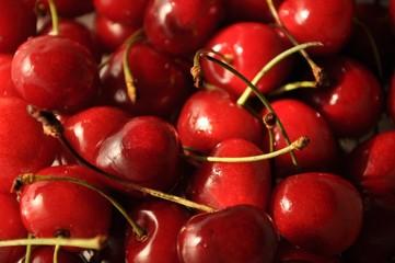 Set of sweet cherries