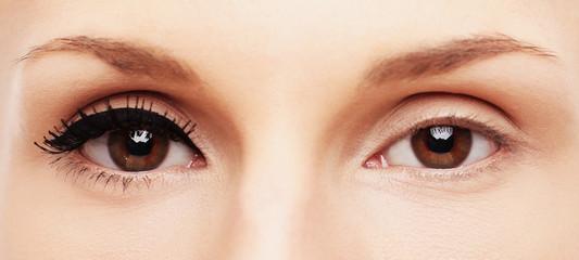 black eye-liner