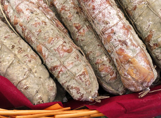 Salame-Salami-Salumi-Insaccati-Salumeria