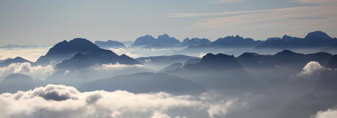 Gipfel über den Wolken - summits above the clouds