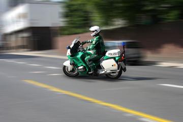 Motorradpolizist