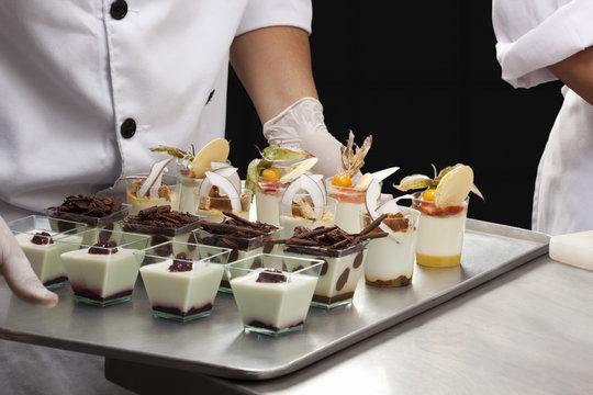 Assortiment de desserts en verrines