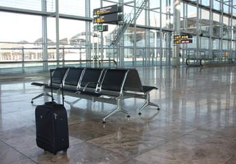 Maleta en el aeropuerto