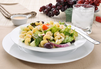 Mediterranean salad with pasta