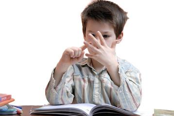 enfant maison devoir scolaire