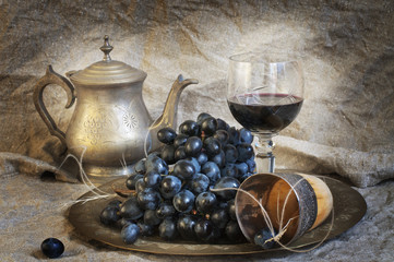 vstill life with wine and grapes