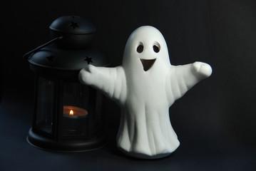 White ghost, black lantern