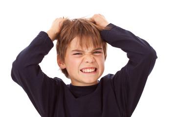 Kind, Junge rauft sich die Haare - Wut, Zorn, Ärger