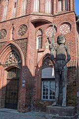 Rolandsstandbild vor dem Rathaus von Brandenburg an der Havel