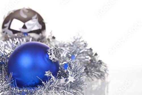 blaue und silberne weihnachtskugel mit silberner deko 2. Black Bedroom Furniture Sets. Home Design Ideas