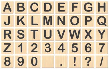 Buchstaben auf Holzplättchen