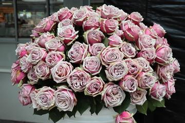 großer Rosenstrauß