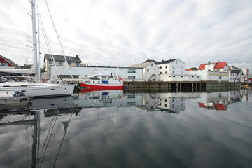 lofts, cluods and sailboats of Lofoten