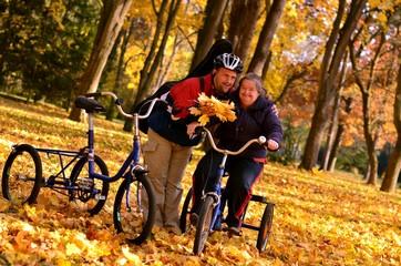 automne parc avec couple