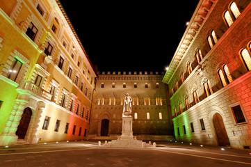 Piazza Salimbeni Siena