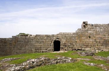 Muralhas do castelo de Melgaço