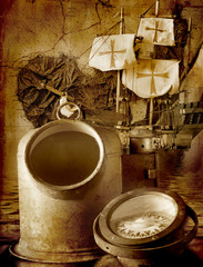 Antica bussola con cartina nautica dell'isola d'Elba