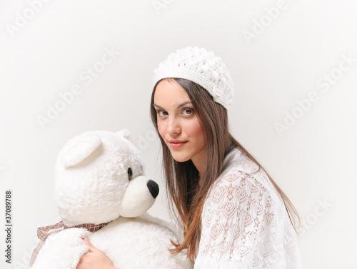 Очень красивые девушки с мишками