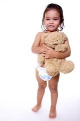 petite fille avec ourson