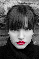 Foto op Canvas Rood, zwart, wit Fashion model portrait in black and white with red lips