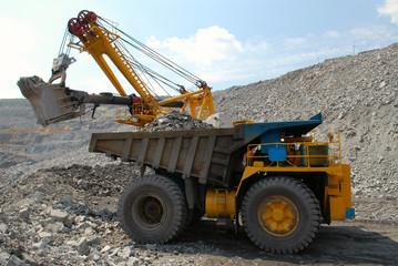Loading of iron ore