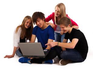 20.11.11 teenager laptop glücklich