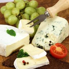 Camembert und Blauschimmelkäse