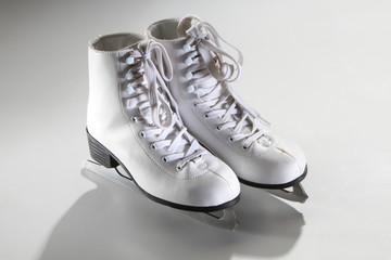 skates skating
